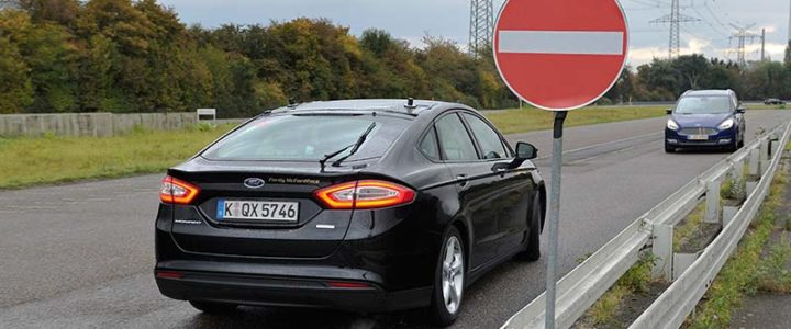 I dispositivi Ford per la sicurezza stradale
