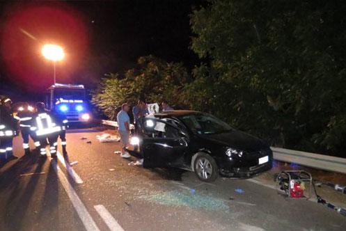 Scontro con 3 morti, l'autista della Bmw resta ai domiciliari